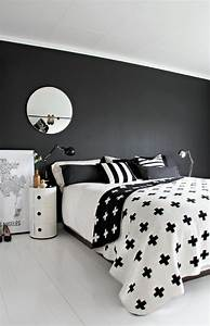 35 timeless black and white bedrooms that know how to With black and white pictures for bedroom