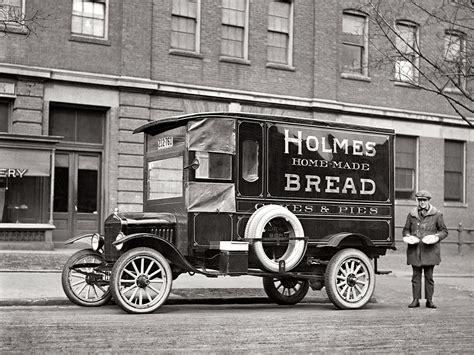 ford model tt delivery truck retro  wallpaper
