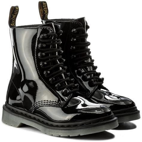 Combat Boots Martens Pascal Stud Black
