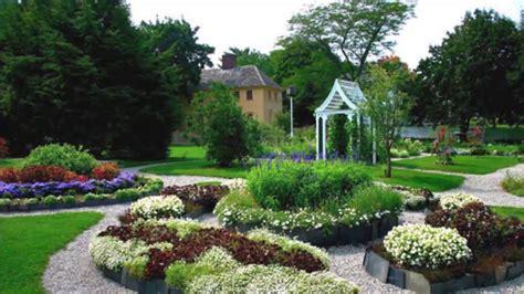 30 Best Garden Design Ideas  Home Art Design Decorations
