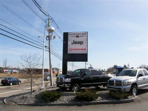 Chrysler Dealership Tn by Central Jeep Chrysler Dodge Ram Car Dealership In Raynham