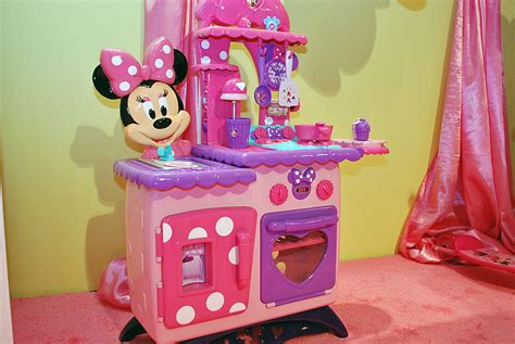 minnie mouse kitchen playset kitchen playsets is the pretty gift for your children