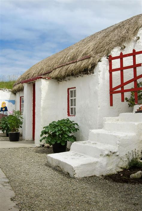 cottage ireland 17 best images about thatched cottages on