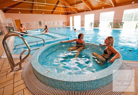 coliseum spas commercial pool swim spa de la mare