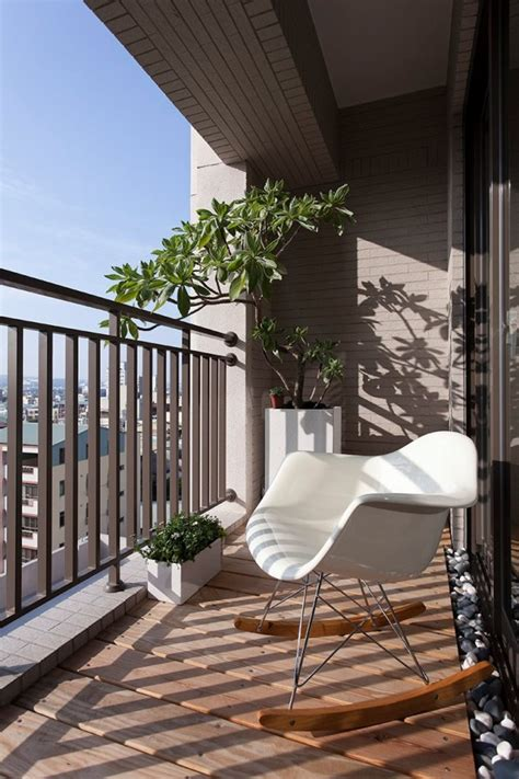 chic  interesting ideas   balcony floor