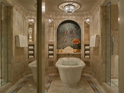 extravagant bathrooms   synonym  luxury