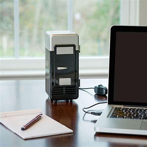 mini frigo de bureau un mini frigo usb de bureau pour refroidir sa canette