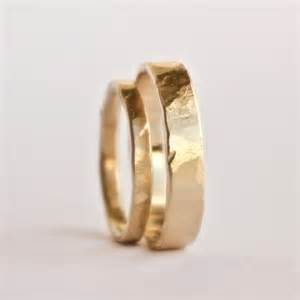 rustic wedding rings wedding ring set two hammered gold rings rustic textured