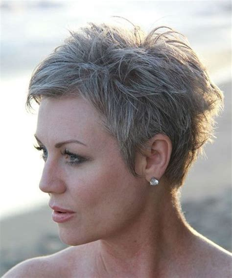 Cool and Classy Short Edgy Haircuts 2019 for Older Women