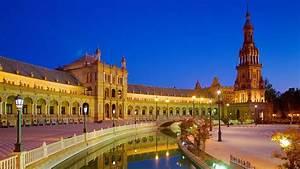 Visit Plaza De Espana In Seville