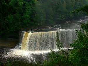 Tahquamenon Falls State Park