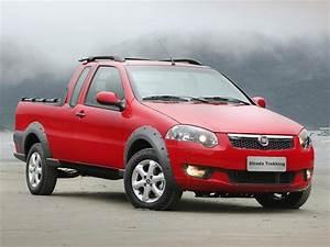 Fiat Strada Working Ce 1 4l Trekking  2013