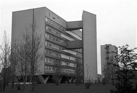 Oscar Niemeyer Berlin by Berlin Interbau Oscar Niemeyer Haus 061103a Jpg