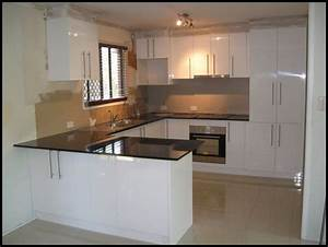Kitchen u shaped kitchen designs for small kitchens u for Kitchen design for small areas
