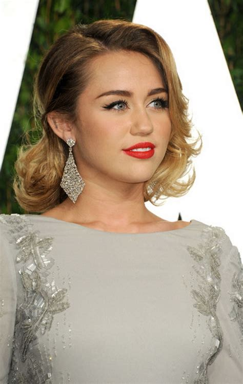 Celebrity Bridal Hairstyles For Long Hiar With Veil Half