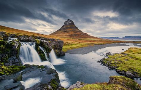 Mountain Kirkjufell Iceland Waterfall Wallpaper