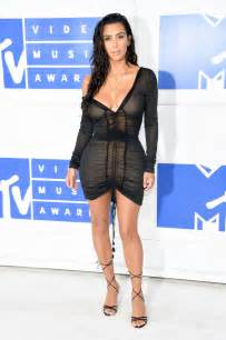 Kim Kardashian S Infamous Nude Selfies Land Her In Trouble
