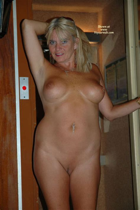 Mature Shaved Pussy January Voyeur Web Hall Of Fame