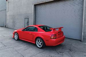 One-of-300 Mustang Cobra R going to Auction – WHEELS.ca