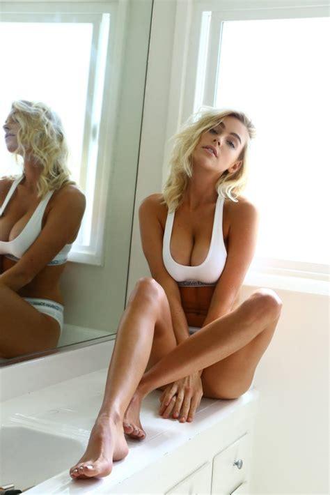 elizabeth turner sexy  fappening   celebrity