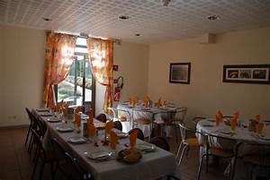 Petite Salle à Manger : restauration domaine de chadenac ~ Preciouscoupons.com Idées de Décoration