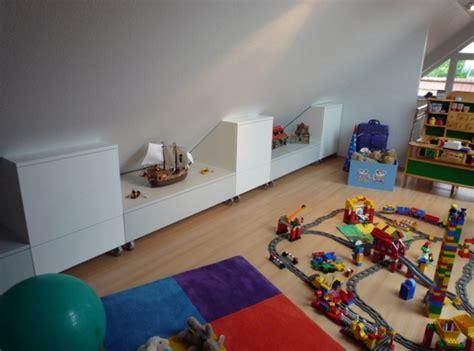 Babyzimmer Gestalten Dachschräge by Kinderzimmer Mit Schr 228 Ge Wohndesign Und Innenraum Ideen