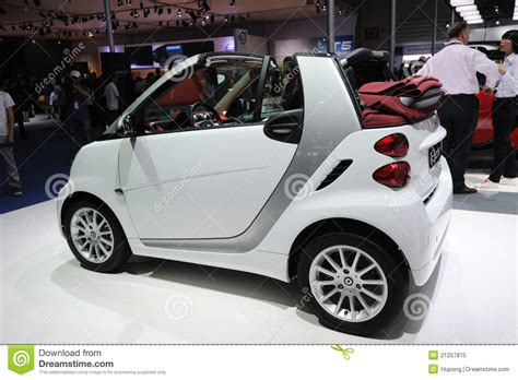 Mercedes Benz Smart Car Editorial Image. Image Of Engines