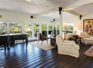 Brooke Shields puts stunning $35K a month Pacific