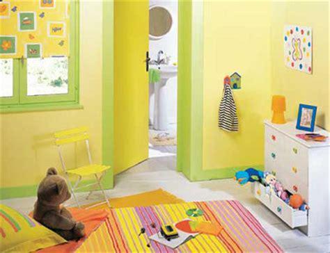 chambre fille jaune idée chambre fille jaune