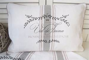 Kissenbezüge 40x60 Günstig : kissenbezug maje rosa wei rosa 40x60 cm kissenbez ge kissen lillabelle ~ Markanthonyermac.com Haus und Dekorationen