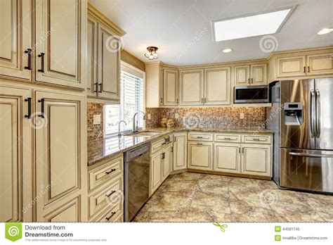 Luxury Kitchen Interior With Back Splash Trim And Tile Small Kitchen Designs On A Budget Latest Modular India Design My Own Interior Cabinets Washing Machine In Flats Open Kitchens Pictures Of