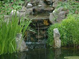 Gartenteich Mit Wasserfall : grumer gartengestaltung bilder videos naturpool schwimmteich gartenteich wasserfall ~ Orissabook.com Haus und Dekorationen