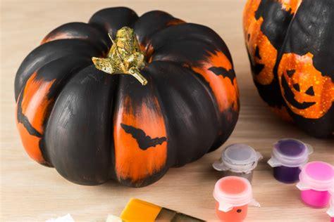 paint for pumpkins halloween crafts using stencils to paint pumpkins halloween
