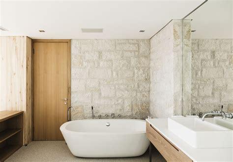 professional bathtubshower refinishing