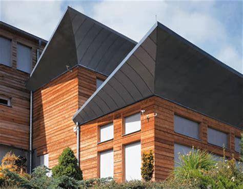 Dachueberstand Schutz Vor Wind Und Wetter by Dach 252 Berst 228 Nde Eine Interessante Gestaltungsvariante