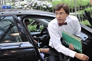 Site De Voiture Belge : bruxelles un ordinateur vol dans la voiture du premier ministre belge monde europe ~ Gottalentnigeria.com Avis de Voitures