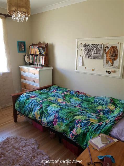 tween girls bedroom    organised pretty home