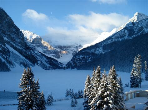 Lake Louise, Alberta, Canada - Beautiful Places to ...