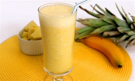 pineapple banana smoothie recipe laura   kitchen