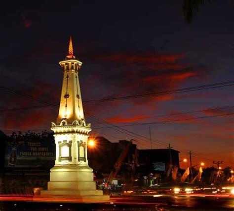 tugu  terkenal  indonesia tempat wisata