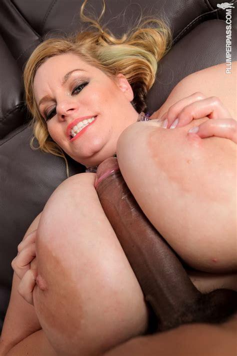 Shelly Burbank Bomber Tits