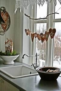 Große Fenster Dekorieren : 44 originelle ideen f r deko mit herzen ~ Frokenaadalensverden.com Haus und Dekorationen