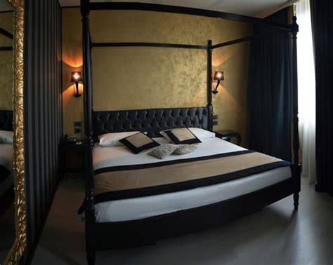 chambre hote venise chambre 121 vue canal picture of carnival palace hotel