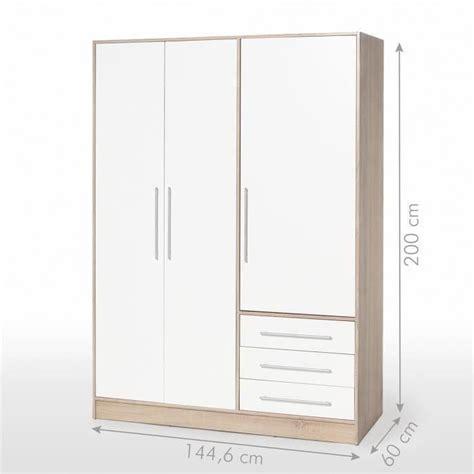 sport en chambre x jupiter armoire de chambre style contemporain en bois