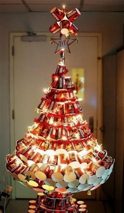 creative unusual alternative christmas tree ideas