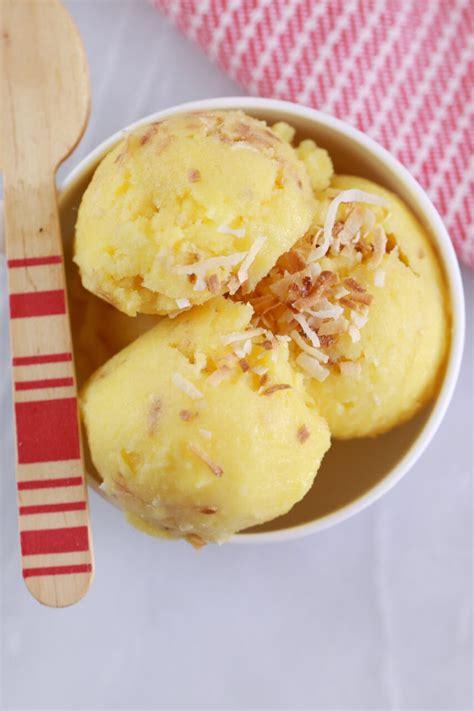pineapple  coconut frozen yogurt   minutes