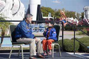Six-Year-Old Demonstrates the 'Right Stuff' | NASA
