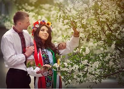 Ukrainian Traditional Dresses Around Whykol фото Yakan