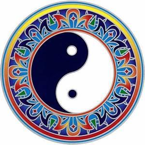 Bedeutung Yin Und Yang : fensterbild yin yang mandala 7 60 kan yu ihr ~ Frokenaadalensverden.com Haus und Dekorationen