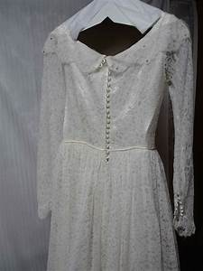 how much to dry clean a wedding dress wedding dress decore With how to clean a wedding dress